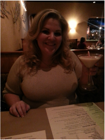 Jenni Reilly at Bonefish Grill with a Seasonal Cocktail